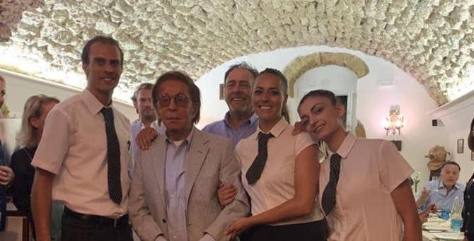 Valentino e lo staff del ristorante