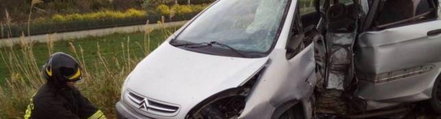 Violento incidente nella notte sull'ex Statale 106 a Villapiana, muore ventenne