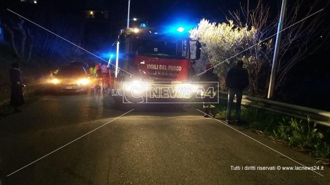 Vigili del fuoco sul luogo dell'incidente