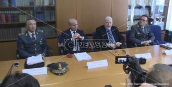 Un momento della conferenza stampa dell'operazione Merlino