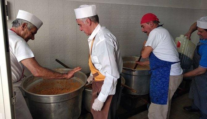 La tradizione della pasta e ceci a Pizzo