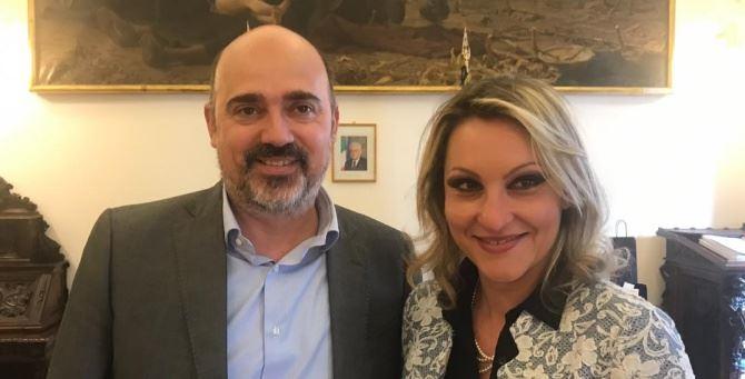 Innocenza Giannuzzi, presidente Agricoop e il sottosegretario Franco Manzato