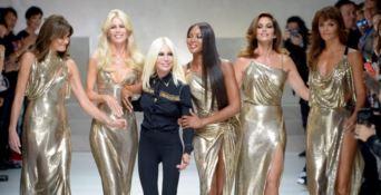 Il Renzi veste Versace: la stilista calabrese aderisce a Iv e anticipa i big dello Stretto