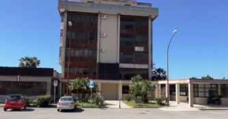 Clima surreale a Lamezia, senza sindaco né commissari