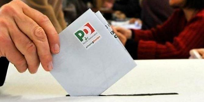 Una scheda delle Primarie Pd