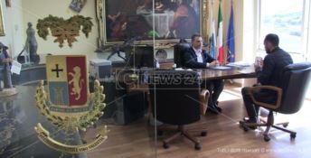 Il presidente Solano nel suo ufficio