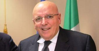 Pd, Roma stoppa Oliverio: il congresso dopo le europee, per ora si continua con Graziano