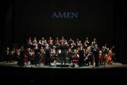 """La grande musica a Reggio: al Cilea la prima mondiale della """"Via Crucis"""""""