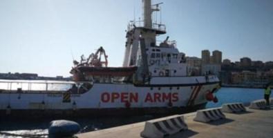 Migranti, Salvini indagato dai pm di Agrigento per caso Open Arms: «Sono stufo»
