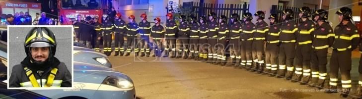 L'abbraccio delle forze dell'ordine di Reggio a Nino Candido e alle vittime dell'esplosione