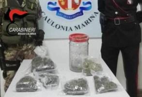 La droga ritrovata dai carabinieri
