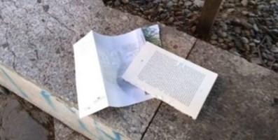 """La cultura vandalizzata, a Reggio strappati i libri della bacheca """"stradale"""""""