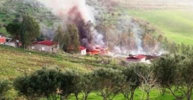 Esplosione in una fabbrica del Messinese, è strage: morti e dispersi