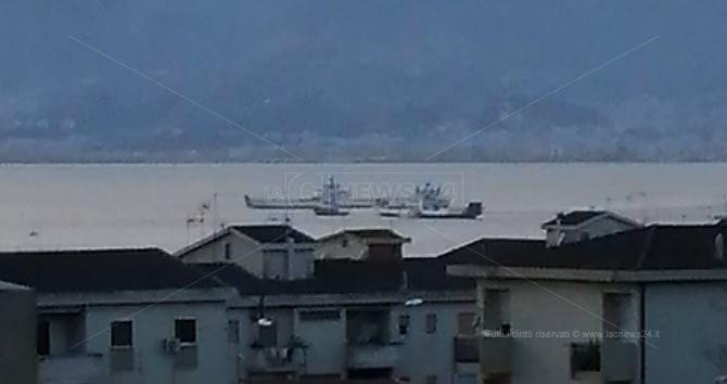 Il traghetto interessato dall'incendio