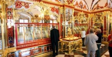 Il furto del secolo: gioielli antichi per un miliardo di euro rubati a Dresda