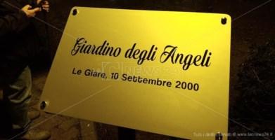"""Soverato ricorda le vittime dell'alluvione, inaugurato """"Il giardino degli angeli"""""""