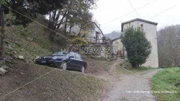 Maltempo, il torrente fa paura: due famiglie evacuate a Cosenza