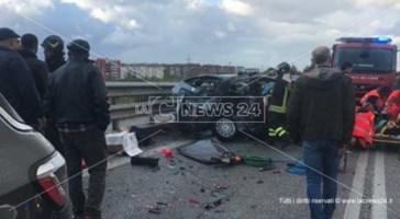 Cosenza, scontro tra due auto sulla strada per la Sila. Due feriti