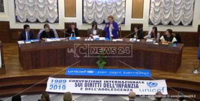 I 30 anni della Convenzione sui diritti dell'infanzia. L'Unicef a Catanzaro: «Tanto da fare»
