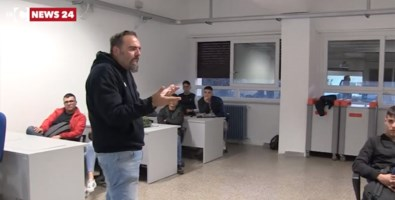 Il giornalista Agostino Pantano tra gli studenti del Galilei di Vibo Valentia