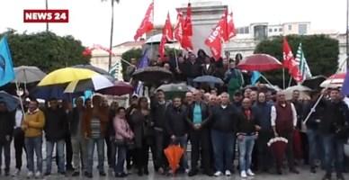 Protesta operai Avr a Reggio