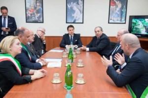 Locri, un anno fa la visita di Conte. Il sindaco Calabrese: «Non è cambiato nulla»
