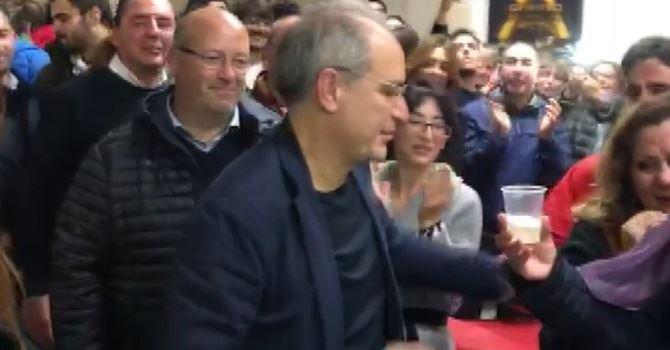 I festeggiamenti di Paolo Mascaro eletto sindaco