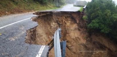Strada crollata tra Monasterace e Serra San Bruno