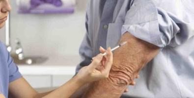 Vaccini salvavita per gli over 65 ma medici e pazienti sono poco informati