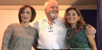 In foto: Maria Carmen Aloi, Ronnie Mccorrisken, Vittoria Camobreco