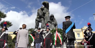 Celebrazioni 4 novembre, a Catanzaro cerimonia al Monumento ai caduti