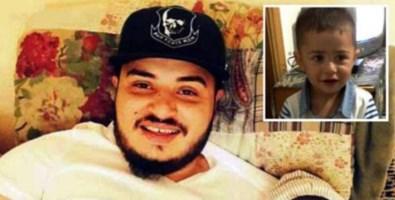 Bruciò i piedini al figlio di 2 anni e lo uccise: ora è accusato anche di tortura