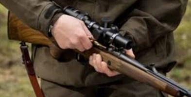 Scambiato per una preda dal compagno di caccia, grave un 62enne