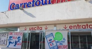Il punto vendita di Crotone