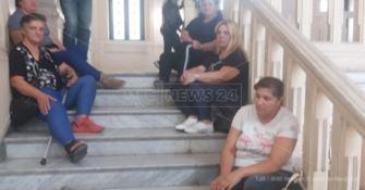 Protestano al Comune i cittadini di Reggio Calabria per il diritto alla casa