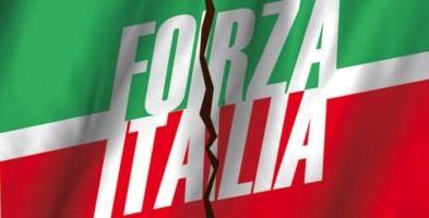 Forza Italia si aggrappa alla Calabria per non affondare: i nuovi sondaggi