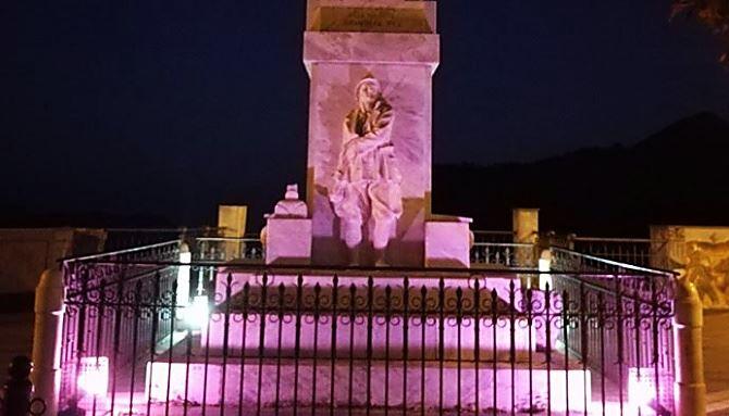Pentone, monumento ai caduti