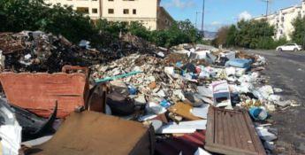 Emergenza rifiuti: «A Reggio Calabria situazione ingestibile»