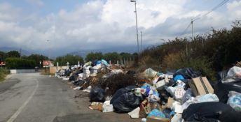 A Lamezia è sempre più emergenza rifiuti: «Alto rischio sanitario»
