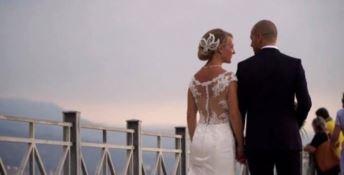 La passeggiata della neo sposa sul molo Pizzapundi di Pizzo