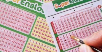 Vince al Superenalotto ma non ritira i 209 milioni, è mistero