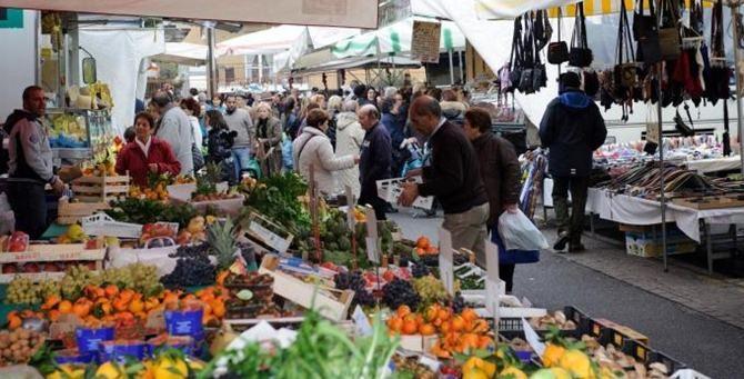 Un mercato rionale - Repertorio