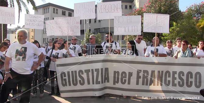 Una delle tante manifestazioni tenute per chiedere giustizia