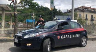Sorpresi a rubare gasolio dai bus in sosta, due arresti a Cosenza