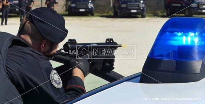 Un carabiniere durante la simulazione
