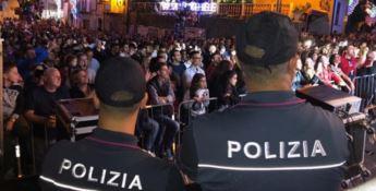 La polizia al concerto