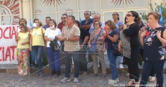 I precari della sanità alla cittadella: «Non faremo i parassiti dello Stato»