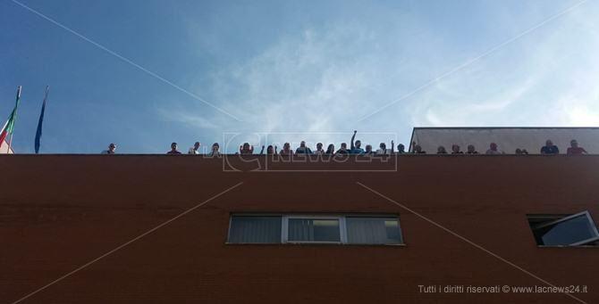 I precari sul tetto