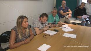 La scure del licenziamento sui precari dell'ospedale di Cosenza: proteste