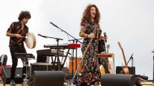 Teresa De Sio stregata da Monte Cocuzzo: «Mai cantato in un posto così»